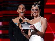 Alicia Keys y Dua Lipa durante los Premios Grammy de 2020