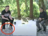 elon barefoot