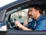 Así puedes ir en coche sin tener que llevar encima el carnet de conducir y los papeles