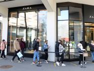 Cola para entrar en una tienda de Zara