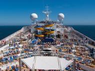 Los cruceros tienen luz verde para atracar en los puertos españoles