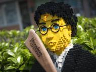 Harry Potter hecho con piezas de Lego.