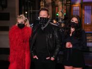 Miley Cyrus fue la invitada musical en el 'Saturday Night Live' en el programa de Elon Musk.