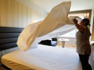 Por qué las sábanas y las toallas de los hoteles son blancas