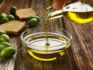 Estos son los peores aceites de oliva virgen extra de los supermercados, según la OCU; los de Lidl y La Española, entre los señalados