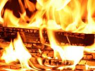 Leña fuego llamas