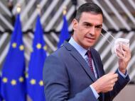 """Pedro Sánchez anuncia que """"pronto"""" se dejarán de usar las mascarillas en la calle"""