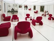 """La película """"2001: Una odisea del espacio"""" incluía una escena ambientada en un hotel espacial Hilton."""