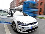 Un Volkswagen Golf autónomo en pruebas en Hamburgo.