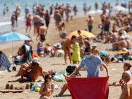 España ya está inmersa en la quinta ola de COVID-19: así está afectando a la población, con una elevada incidencia en los jóvenes y la expansión de la variante Delta