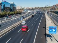Radar controlando la velocidad en carretera
