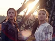 Scarlett Johansson y Florence Pugh en 'Viuda negra'.