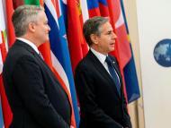 El secretario de Estado de EEUU, Antony Blinken, con el secretario general de la OCDE, Mathias Cormann.