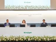 Víctor del Pozo, consejero delegado; Marta Álvarez, presidenta; José Ramón de Hoces, consejero secretario de El Corte Inglés