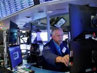 Trader operando en la bolsa de Nueva York.