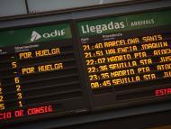 Empieza una huelga de 8 días en Renfe, con casi 900 trenes cancelados: así te puede afectar