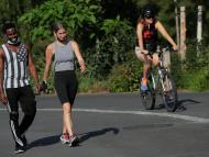 personas haciendo ejercicio, deporte