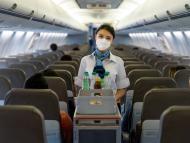 Azafata en avión