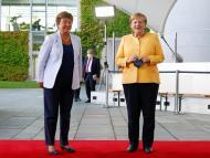 Kristalina Georgieva y Angela Merkel.