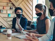 Reunión de ejecutivos y directivos de una empresa