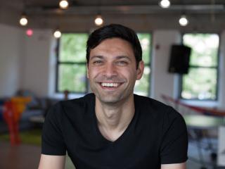 Ali Nicknam, fundador y CEO del neobanco Bunq.