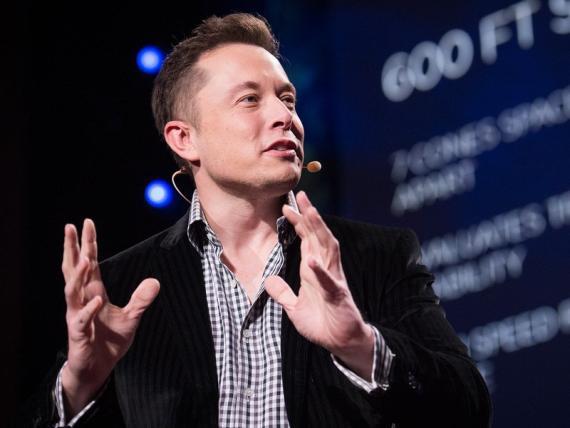 Elon Reeve Musk es un inventor, inversor y empresario sudafricano.