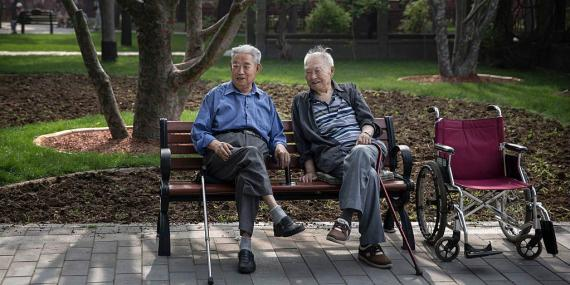 ALIBABA-Contrata personas mayores de 60 años