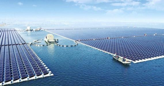 El huerto solar flotante en China.