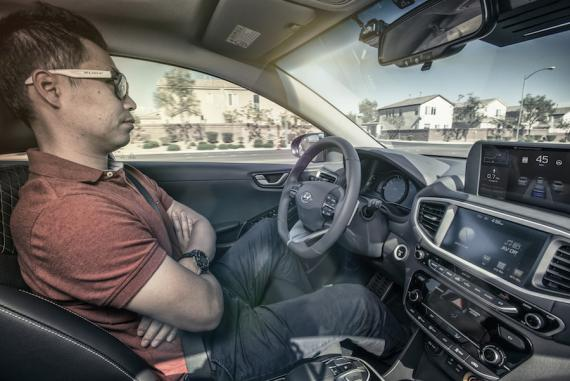 Los propietarios de coches autónomos podrán alquilarlos para ganar dinero.