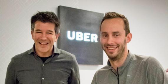 De izqd. a der., el fundador y ex CEO de Uber, Travis Kalanick, y el antiguo empleado Anthony Levandowski, pieza central del juicio.