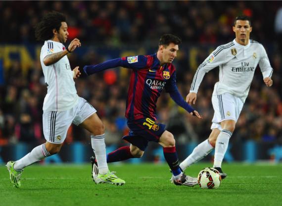 Un Real Madrid/FC Barcelona de Liga de 2015. La rivalidad entre Messi y CR7 es la mayor de la Historia del fútbol según muchos.