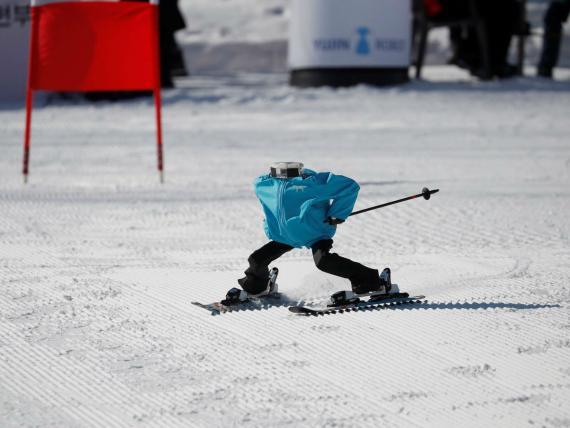 Los robots toman el control de la pista de esquí.