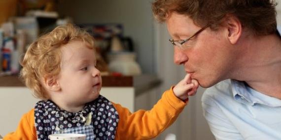 Padres primerizos no siempre preveen cual serán todos los gastos de tener un bebe.