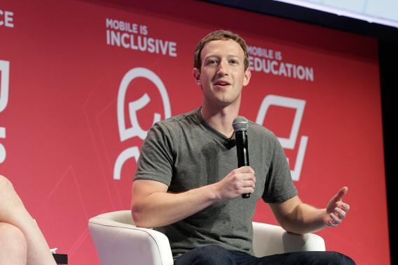 Mark Zuckerberg, CEO de Facebook, durante una conferencia en el Mobile World Congress de Barcelona en una imagen de archivo.