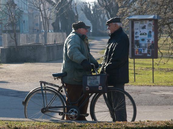 Los autónomos jubilados cobran casi 400 euros menos de pensión que los trabajadores del Régimen General.