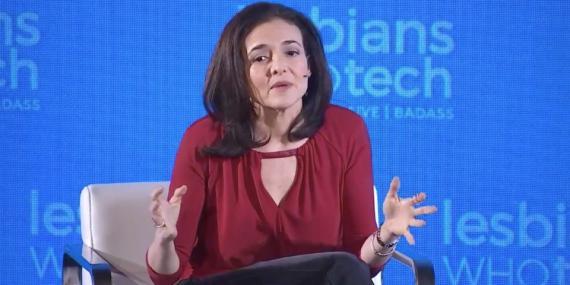 Sheryl Sandberg, directora de operaciones de Facebook, durante su intervención en Lesbians Who Tech