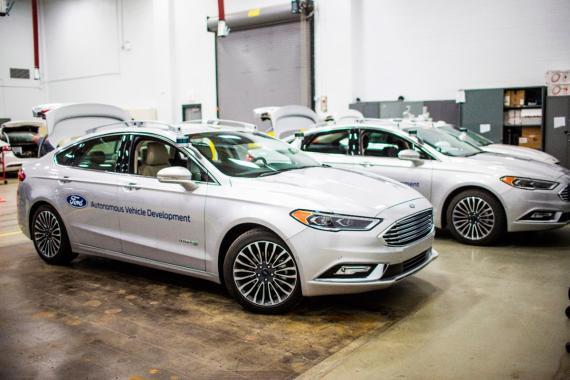 La flota de coches autónomos de Ford está compuesta por Mondeos.