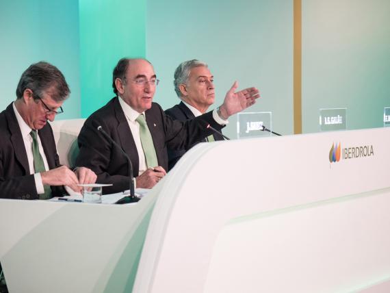 Resultados de Iberdrola: José Ignacio Sánchez Galán, Francisco Martínez Córcoles y Sainz Armada.