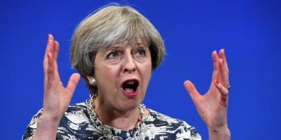 Theresa May ha sacado a la luz las últimas advertencias sobre un Brexit sin acuerdo.