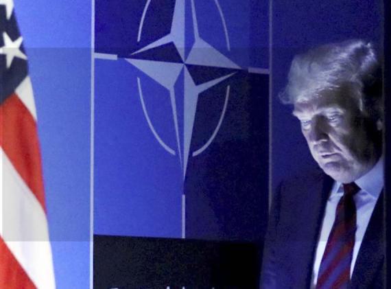 El presidente Donald Trump ha generado controversia en una cumbre de la OTAN en Bruselas al criticar a otros estados miembros por sus gastos de defensa.
