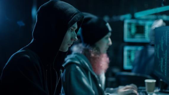 Estudiante de 20 años detenido por hackear 20 móviles y robar 5 millones en criptomonedas