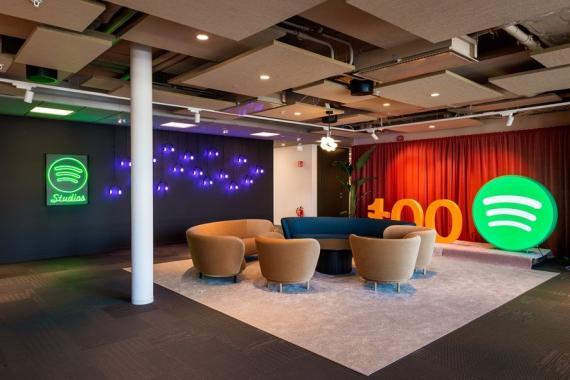 La nueva sede mundial de Spotify en Estocolmo alberga a 1.300 empleados. La compañía tiene 3.000 trabajadores en todo el mundo.