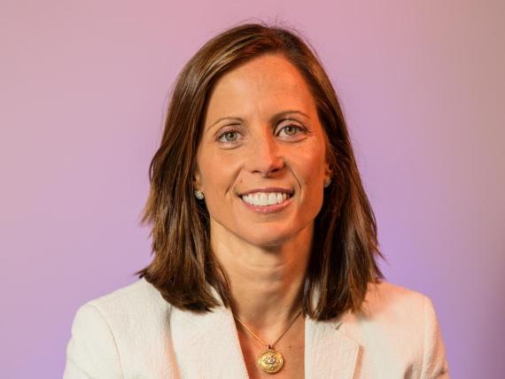 Adena Friedman fue nombrada  CEO de Nasdaq CEO en 2017.