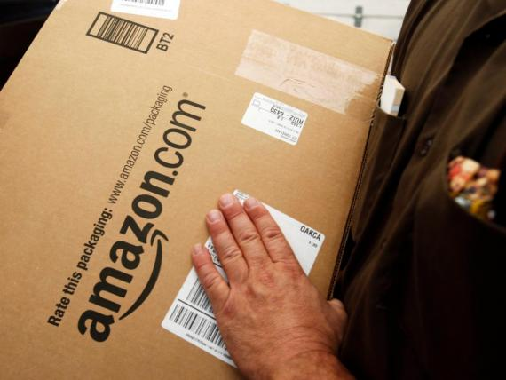 Amazon is reportedly helping police catch package thieves.