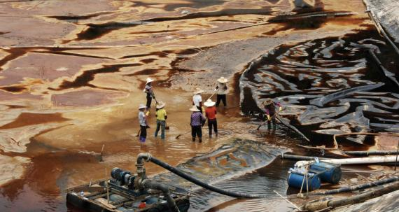 Lago tóxico de Baoutou (China)