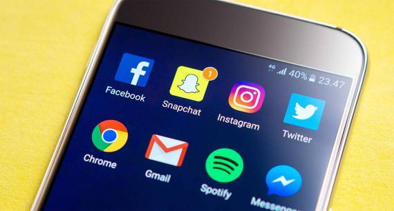 Redes sociales en móvil Android
