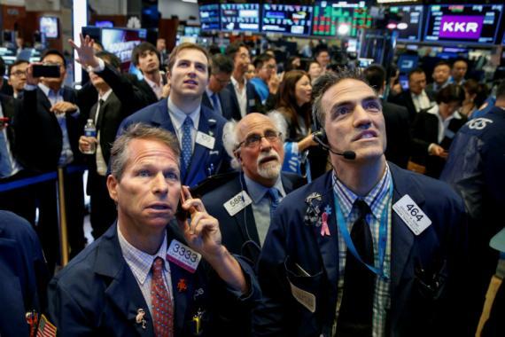 Traders preocupados en Wall Street