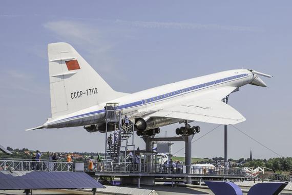 El Tupolev TU 144
