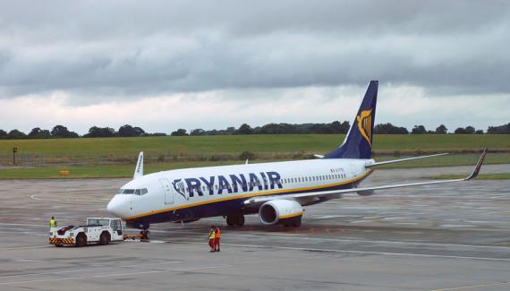 Un vuelo de Ryanair aterriza en el aeropuerto londinense de Stansted