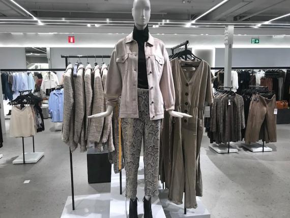 Zara's flagship store is in La Coruña.